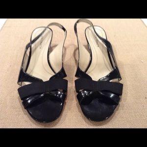 Ellen Tracy patent leather strap sandals